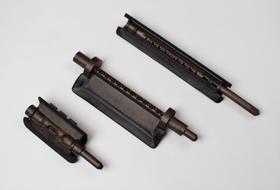 硬質と軟質の両方の機能を持たせた成形品